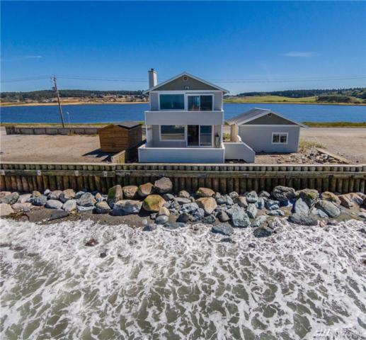 2507 West Beach Rd, Oak Harbor, WA 98277 (#1100173) :: Ben Kinney Real Estate Team