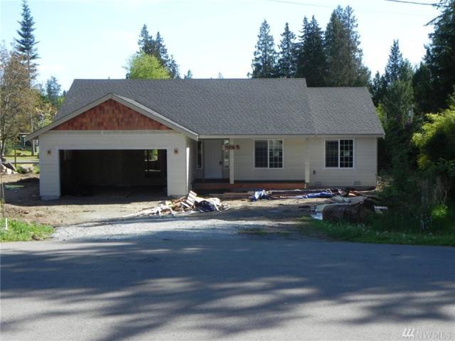 3068 Gold Crescent Ct, Camano Island, WA 98282 (#1115360) :: Ben Kinney Real Estate Team