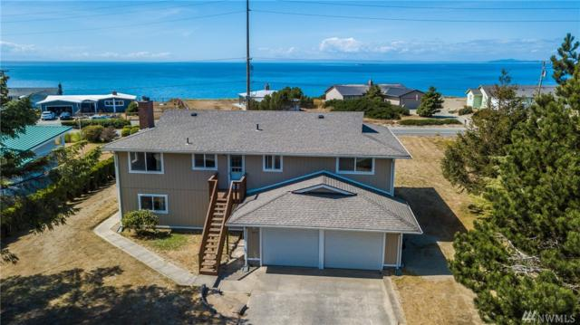 1975 Island View Rd, Oak Harbor, WA 98277 (#1123327) :: Ben Kinney Real Estate Team