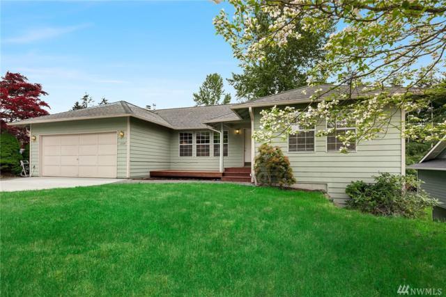 1204 211th Place SW, Lynnwood, WA 98036 (#1126305) :: Ben Kinney Real Estate Team