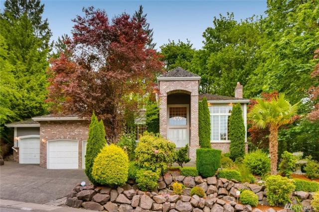2710 NW Pine Cone Dr, Issaquah, WA 98027 (#1133701) :: Ben Kinney Real Estate Team