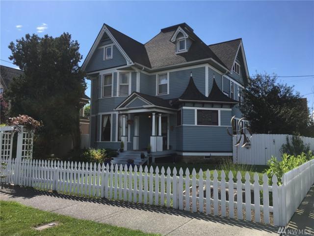 2015 G St, Bellingham, WA 98225 (#1138718) :: Ben Kinney Real Estate Team
