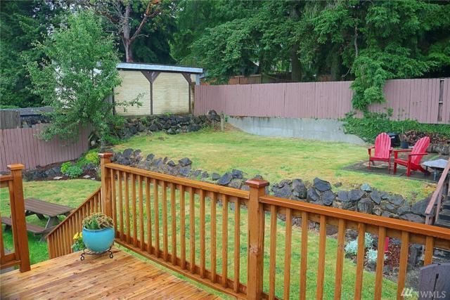 16238 14th Ave SW, Burien, WA 98166 (#1145385) :: Ben Kinney Real Estate Team