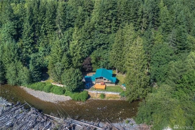 51425 SE Enumclaw-Chinook Pass Rd, Greenwater, WA 98022 (#1161913) :: Homes on the Sound