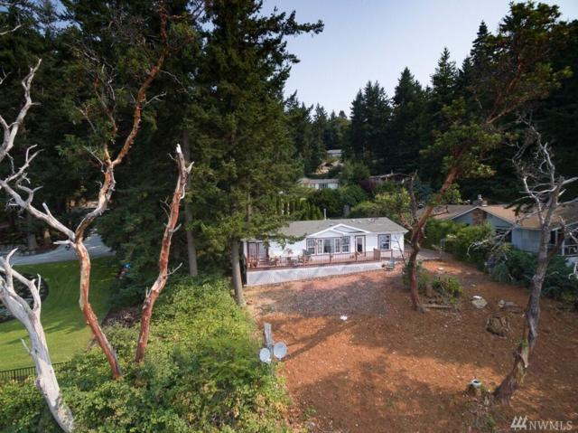 2076 Gull Wy, Camano Island, WA 98282 (#1170431) :: Ben Kinney Real Estate Team