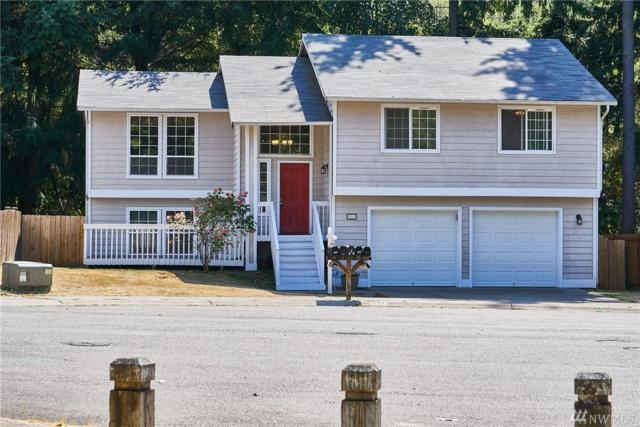 927 SW 319th Place, Federal Way, WA 98023 (#1176441) :: Homes on the Sound