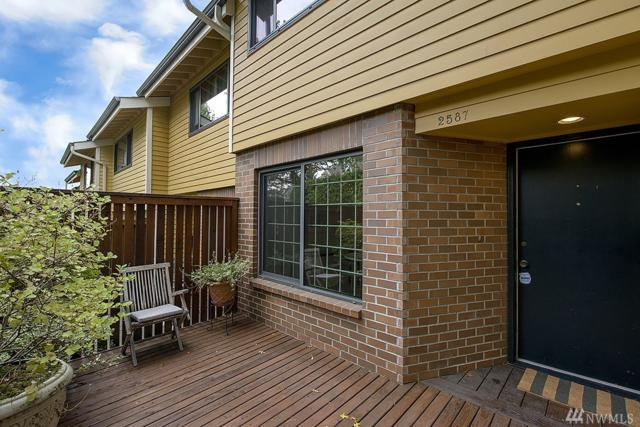 2587 E Madison St, Seattle, WA 98112 (#1196846) :: Ben Kinney Real Estate Team