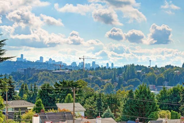 6021 30th Ave NE, Seattle, WA 98115 (#1197622) :: Ben Kinney Real Estate Team