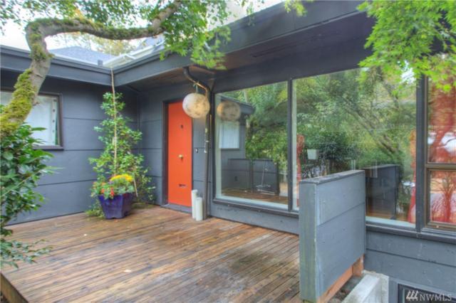 3320 E Denny Wy, Seattle, WA 98122 (#1206805) :: Ben Kinney Real Estate Team