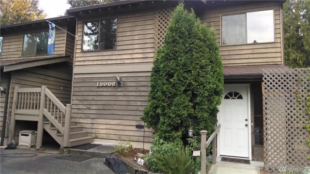 19006 35th Ave NE, Lake Forest Park, WA 98155 (#1212696) :: Windermere Real Estate/East