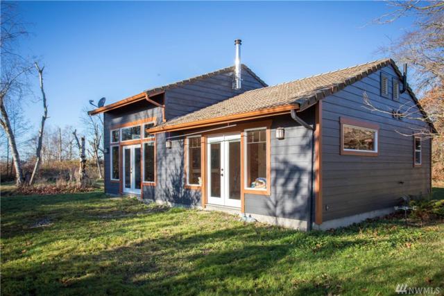 305 Laurel Rd E, Bellingham, WA 98226 (#1225121) :: Homes on the Sound