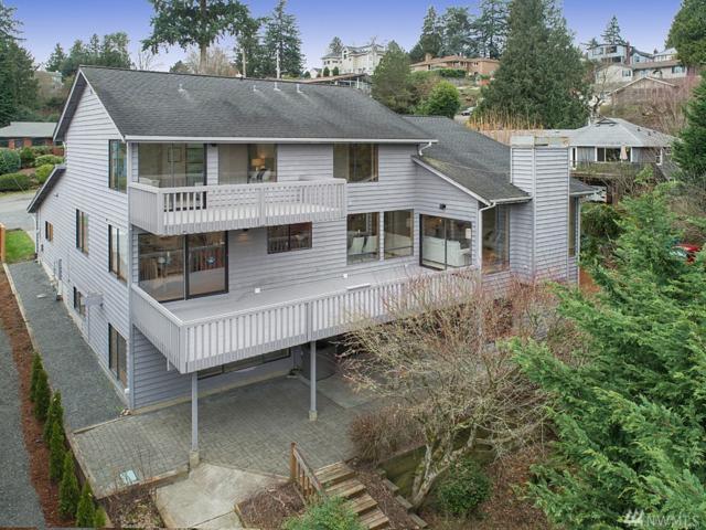 4216 NE 124th St, Seattle, WA 98125 (#1242237) :: Homes on the Sound