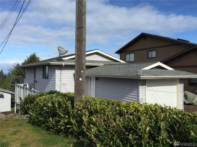 1807 E Third St, Port Angeles, WA 98362 (#1247079) :: Homes on the Sound