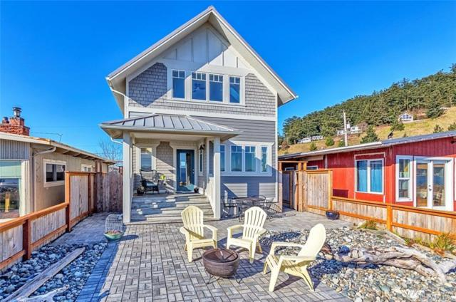 1064 Beckett Point Rd, Port Townsend, WA 98368 (#1254090) :: Homes on the Sound