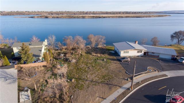 4527 W Peninsula Dr, Moses Lake, WA 98837 (#1256746) :: Keller Williams - Shook Home Group