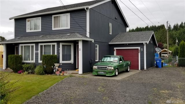 705 Vienna St, Centralia, WA 98531 (#1266282) :: The Home Experience Group Powered by Keller Williams