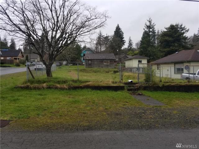 758 Barnhart St, Raymond, WA 98577 (#1266428) :: Carroll & Lions
