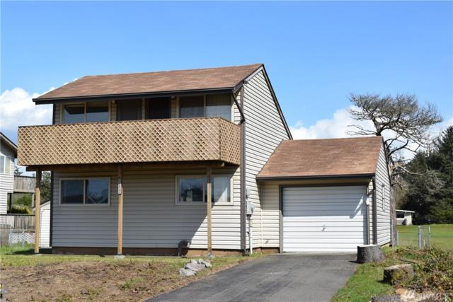 558 Canal Dr NE, Ocean Shores, WA 98569 (#1276205) :: The Snow Group at Keller Williams Downtown Seattle