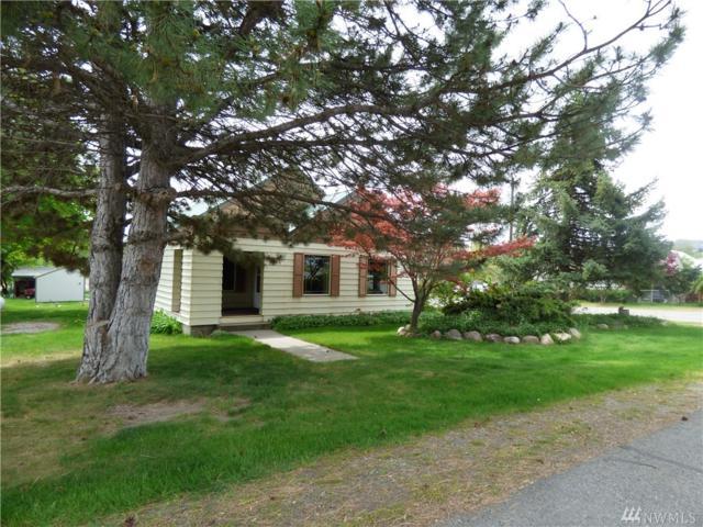 202 E Bartlett Ave, Omak, WA 98841 (#1286979) :: Morris Real Estate Group