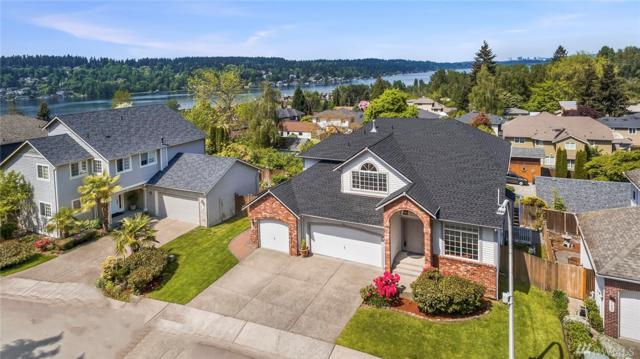 1320 N 38th St, Renton, WA 98056 (#1289054) :: Kwasi Bowie and Associates