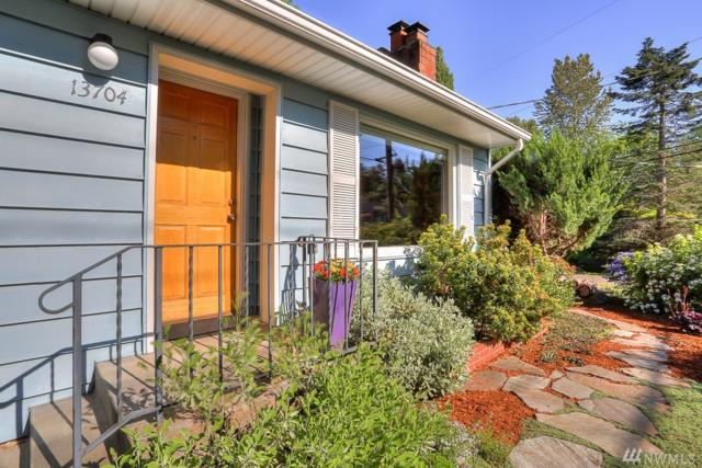 13704 27th Ave NE, Seattle, WA 98125 (#1292200) :: Real Estate Solutions Group