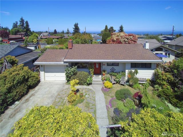 131 W Forest Ave, Port Angeles, WA 98362 (#1295547) :: Ben Kinney Real Estate Team