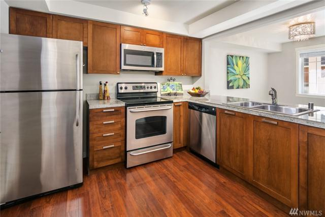 3034 128th Ave SE #26, Bellevue, WA 98005 (#1295959) :: Homes on the Sound