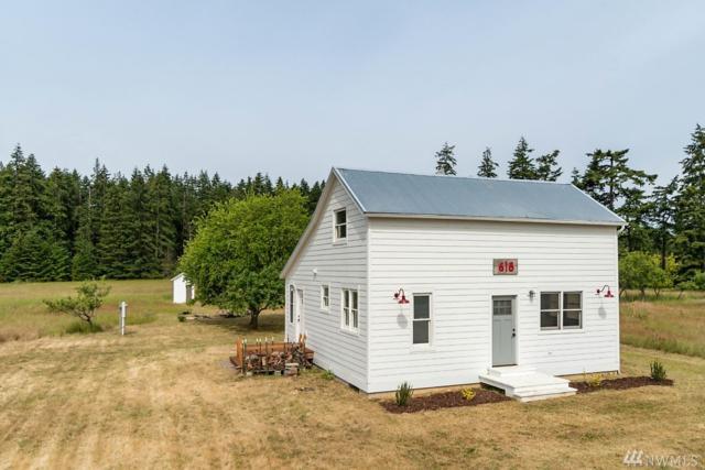 618 Keystone Hill Dr, Coupeville, WA 98239 (#1307748) :: Alchemy Real Estate