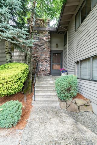 8027 SE 34th Place, Mercer Island, WA 98040 (#1311588) :: Costello Team