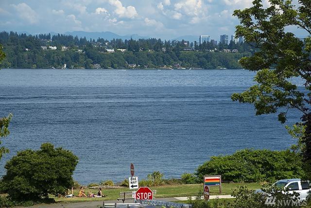 4208 E Lynn St, Seattle, WA 98112 (#1317129) :: Alchemy Real Estate
