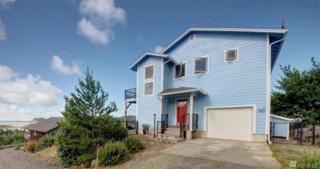 410 Mary Ann Ave NE, Ilwaco, WA 98624 (#1321002) :: Homes on the Sound