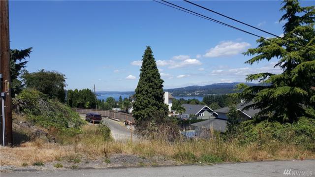 8440 S 124th St, Seattle, WA 98178 (#1322392) :: The Vija Group - Keller Williams Realty