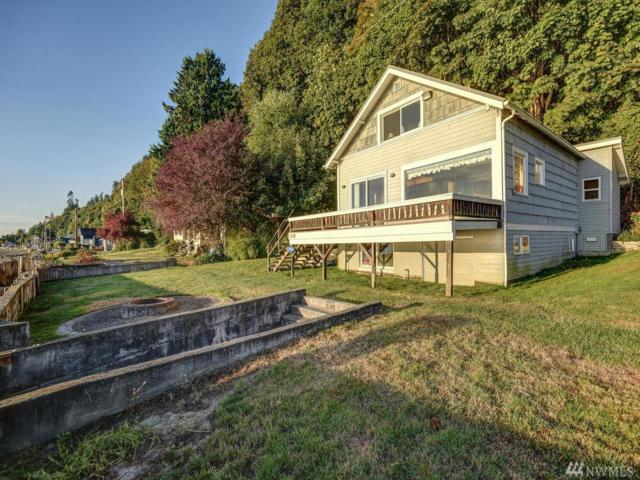 7960 Possession Beach Walk, Clinton, WA 98236 (#1333778) :: Alchemy Real Estate