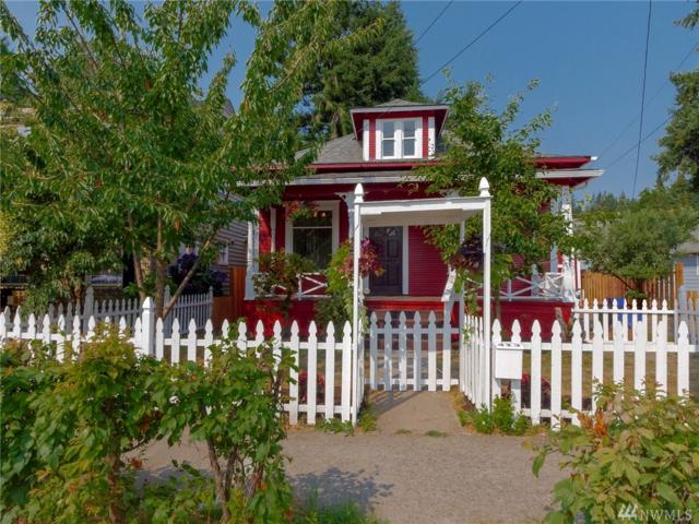 413 NW 5th Ave, Kelso, WA 98626 (#1342583) :: Homes on the Sound