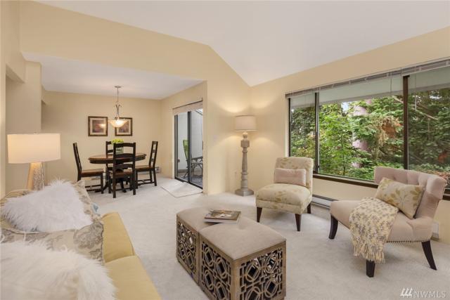 3920 Lake Washington Blvd SE 7A, Bellevue, WA 98006 (#1349907) :: Ben Kinney Real Estate Team