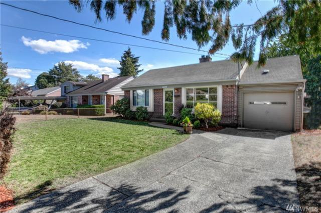 4017 SW 106th St, Seattle, WA 98146 (#1354934) :: Homes on the Sound