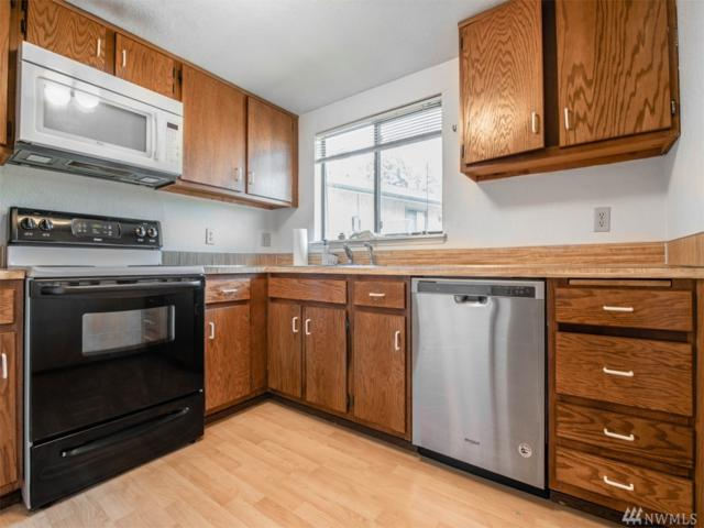 14311 124th Ave NE B19, Kirkland, WA 98034 (#1358291) :: Real Estate Solutions Group