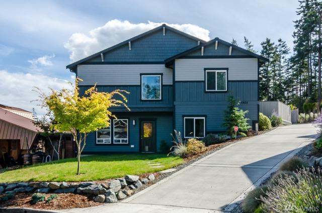 1905 Lea Place, Anacortes, WA 98221 (#1360016) :: Ben Kinney Real Estate Team