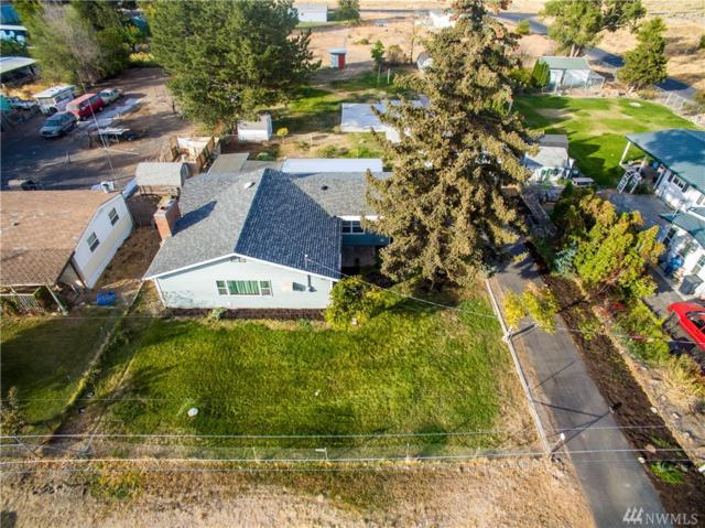 8362 Terminal St NE, Moses Lake, WA 98837 (#1370262) :: Homes on the Sound