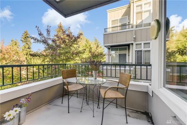 521 7th Ave #302, Kirkland, WA 98033 (#1371408) :: The DiBello Real Estate Group