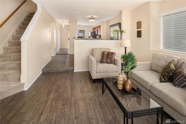 833 SW Sunset Blvd #33, Renton, WA 98057 (#1371757) :: The DiBello Real Estate Group