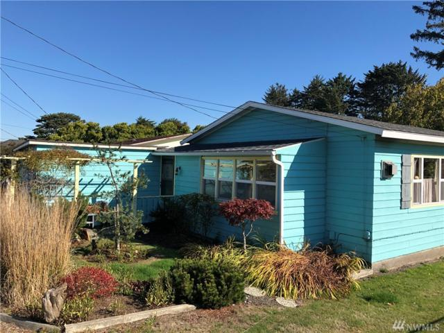 1406 Washington Ave S, Long Beach, WA 98631 (#1374796) :: Kwasi Bowie and Associates