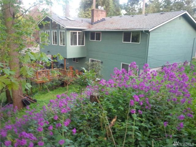 849 NE 130th St, Seattle, WA 98125 (#1382921) :: Pickett Street Properties
