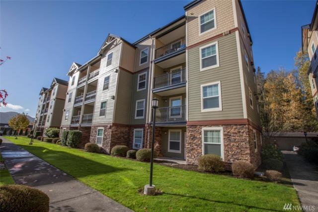 690 32nd St #106, Bellingham, WA 98225 (#1383559) :: Alchemy Real Estate