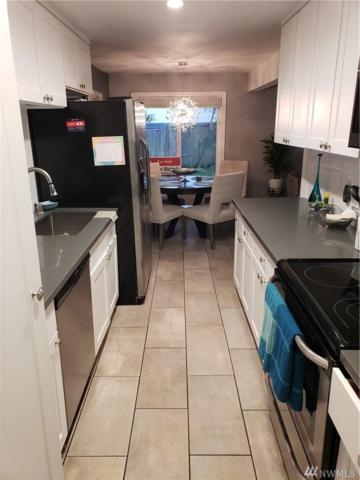 9811 NE 124th St #401, Kirkland, WA 98034 (#1389405) :: Real Estate Solutions Group