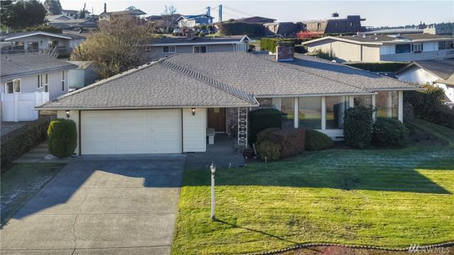 2324 Vista View Dr, Tacoma, WA 98406 (#1393185) :: Ben Kinney Real Estate Team