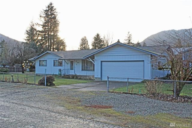 311 Cherry Lane, Morton, WA 98356 (#1398706) :: Homes on the Sound