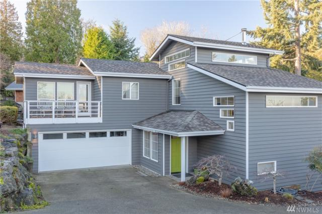 10920 NE Bill Point Ct, Bainbridge Island, WA 98110 (#1399338) :: Better Homes and Gardens Real Estate McKenzie Group