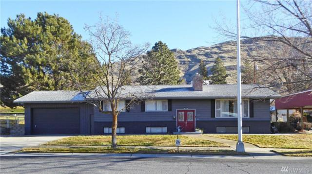 605 Central Dr, Coulee Dam, WA 99116 (#1399382) :: Homes on the Sound
