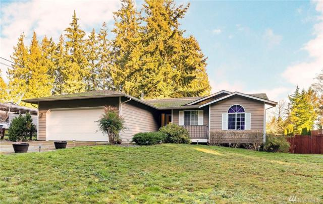 2943 SE Camano Dr, Camano Island, WA 98282 (#1399464) :: The Kendra Todd Group at Keller Williams